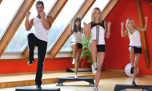 Menschen im Fitnessstudio - People in the health-studio